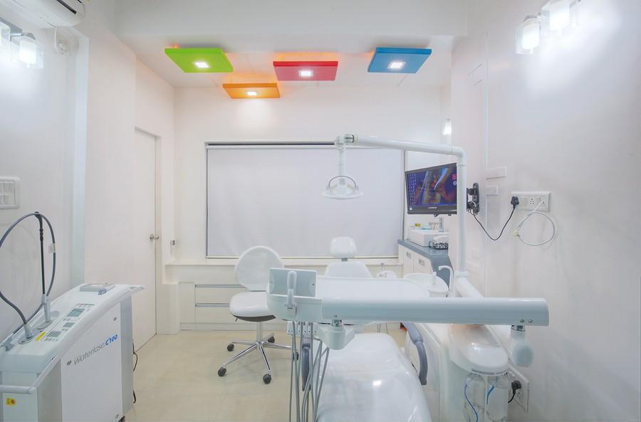 Smilekraft Treatment room2